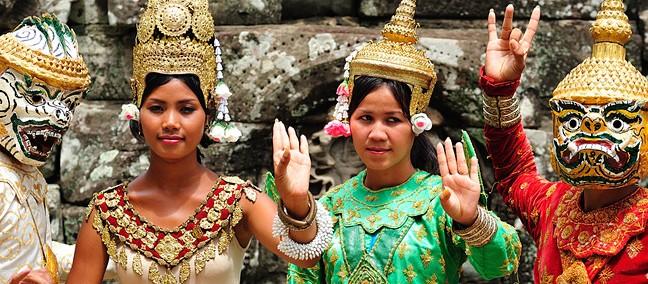 Cambodia dancers