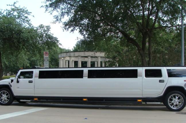 wedding limo costs 4